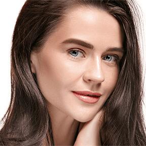 women Shiny hair